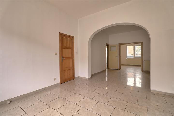 Appartementsgebouw - Molenbeek-Saint-Jean - #3571079-2