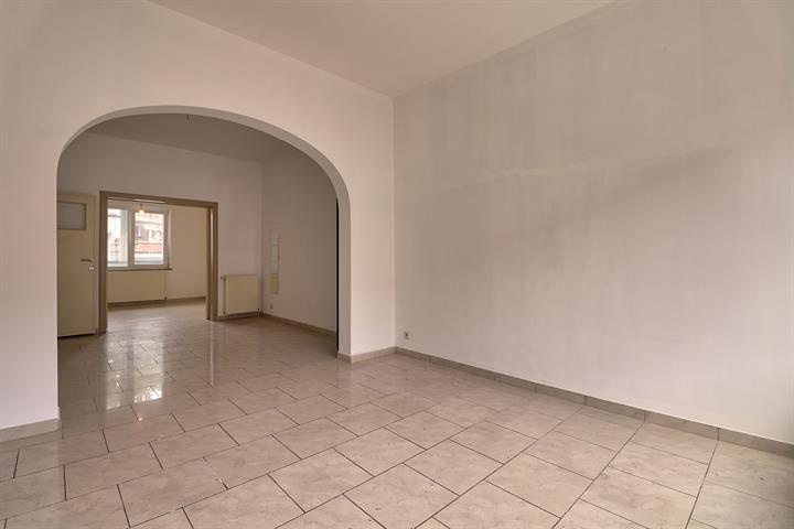 Appartementsgebouw - Molenbeek-Saint-Jean - #3571079-3