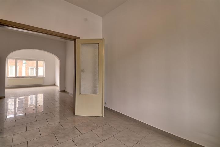 Appartementsgebouw - Molenbeek-Saint-Jean - #3571079-4