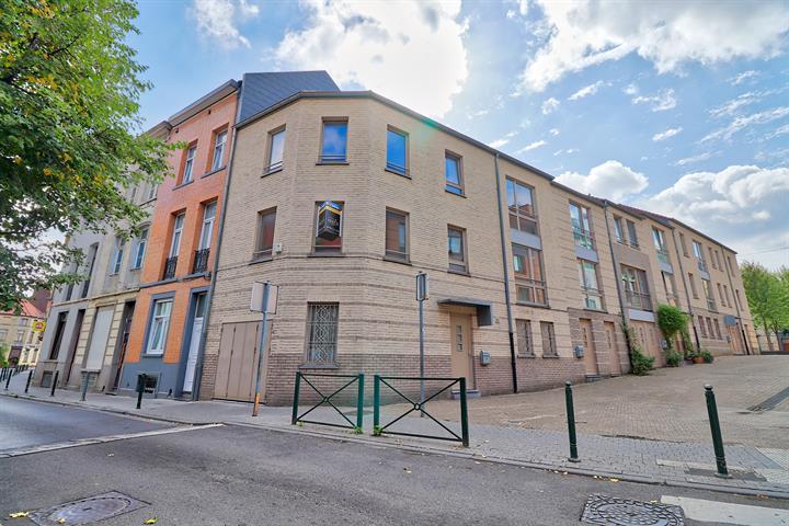 Huis - Molenbeek-Saint-Jean - #3627707-1