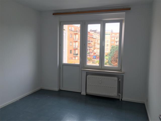 Immeuble mixte - Molenbeek-Saint-Jean - #3638650-8