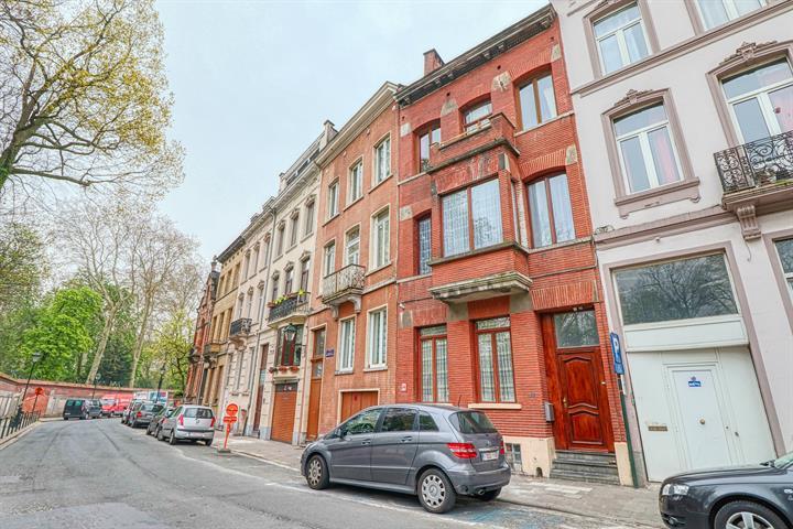 Immeuble à appartements - Bruxelles - #3927191-2